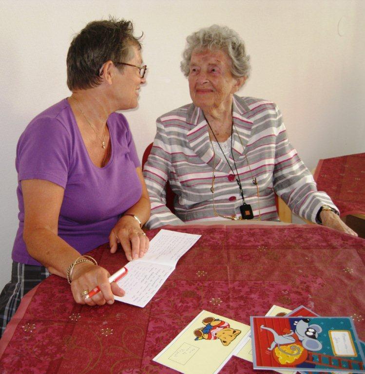 Ontmoetingscentrum CvdOever 06 een luisterend oor en hulp bij formulieren invullen